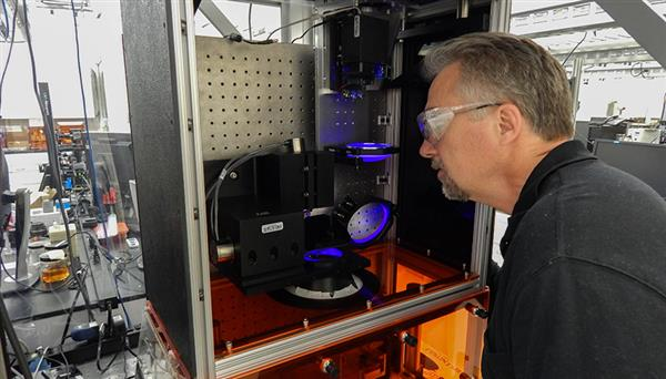 lawrence-researcher-files-patent-lapusl-3d-printer3